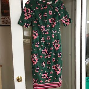 Stunning green fitted floral dress from Boden! 4L